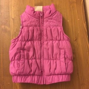 2T pink puffer vest 💗